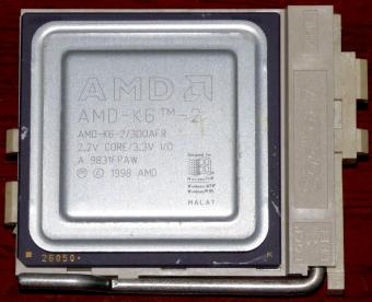 AMD K6-2 300MHz CPU 300AFR 2.2V Core 3.3V I/O im Socket 7 Malay 1998