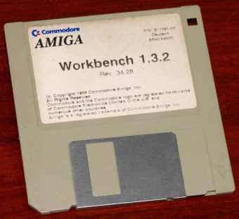 Commodore AMIGA Workbench 1.3.2 Rev. 34.28 PN: 317791-03 Deutsch für A500/A2000 3.5