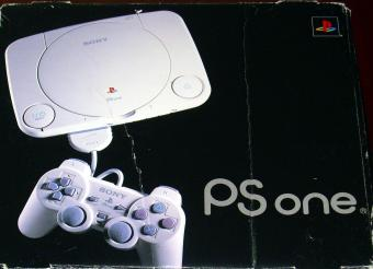 Sony PlayStation SCPH-102C in OVP