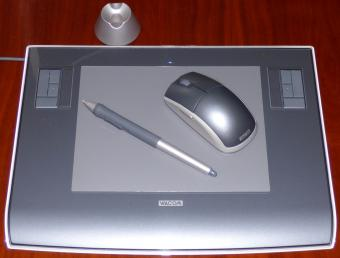 WACOM Intuos 3 USB Grafik Tablet A5 Model: PTZ-630 inkl. Grip Pen Eingabestift (ZP-501E) & Maus (ZC-100-00) Windows/MAC/Linux inkl. Treiber CD & Corel Painter Essentials 2
